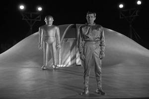 A 1951 20th Century Fox black-and-white science fiction film directed by Robert Wise, starring Patricia Neal and Michael Rennie.